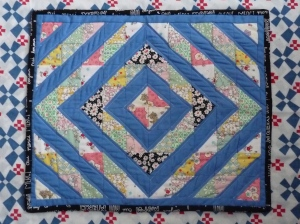 30s repro HST dollhouse quilt
