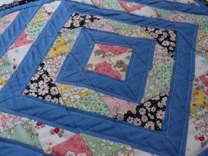 mini dollhouse quilt 30s repros HST