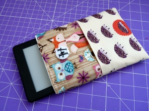 Woodland Kindle Cover Hedgehog Amazon Owl (1)